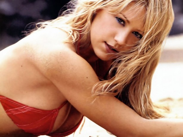 Sexiest Women Athlete Of All Time anna kournikova