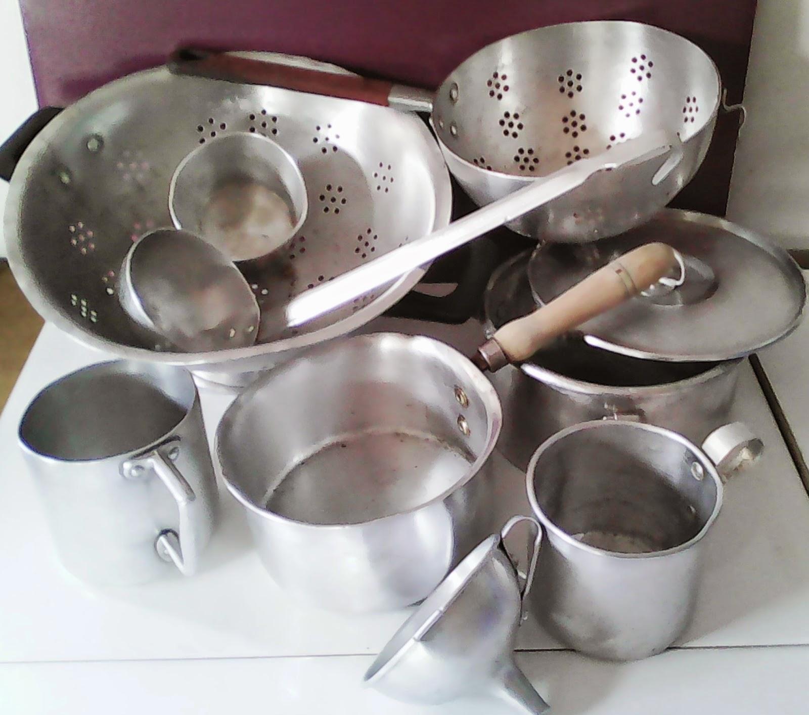 lote utensilios de cocina de aluminio antiguos ideal para decoracin en cocinas rsticas o modernas escurridor colador con tapa