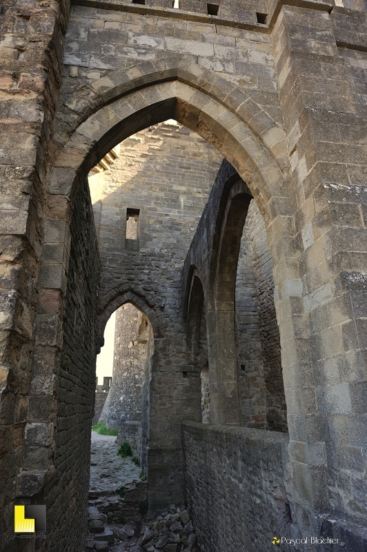 système de défense de la porte de l'Aude à Carcassonne photographie Pascal Blachier