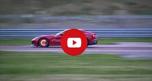 Ferrari F12 Berlinetta Freins incandescentes et Flames