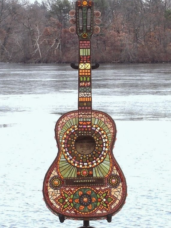 10 Ways To Upcycle Old Musical Instruments Thee Kiss Of