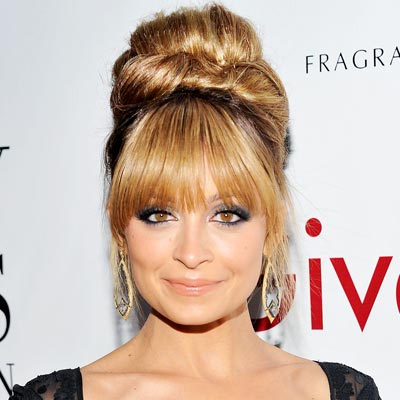 bangs, fringe, hair, hairstyles, hair inspiration, nicole richie, top knot, bun, bangs with bun, bangs with top knot