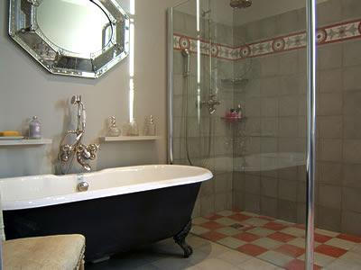 Tenebros poudlard salles de bain for Enlever peinture carrelage