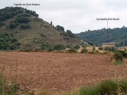 La Caseta d'en Fermí i la capella de Sant Andreu des del Collet del Serrat de Bussanya