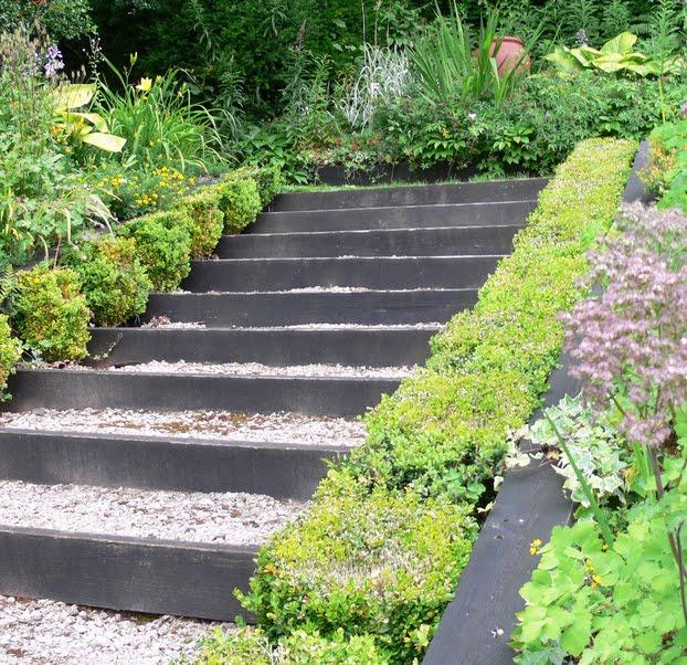 Jardin et couleurs esprit d escalier for Escalier dans un jardin