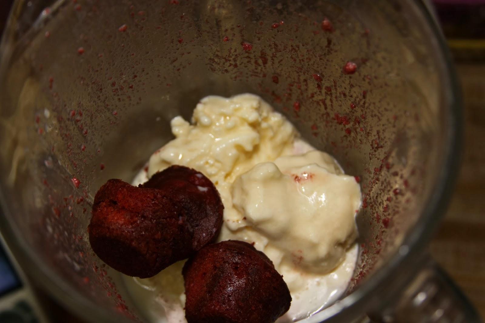 how to make a milkshake with heavy cream