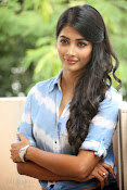 Pooja hegde gorgeous photo shoot-thumbnail-23