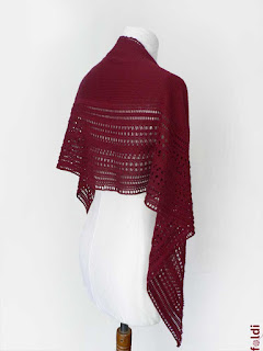 machine knitted passap halfcircle scarf shoulderette merino wool