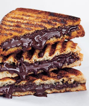 Desserts Made Easy: Grilled Dark Chocolate Sandwich