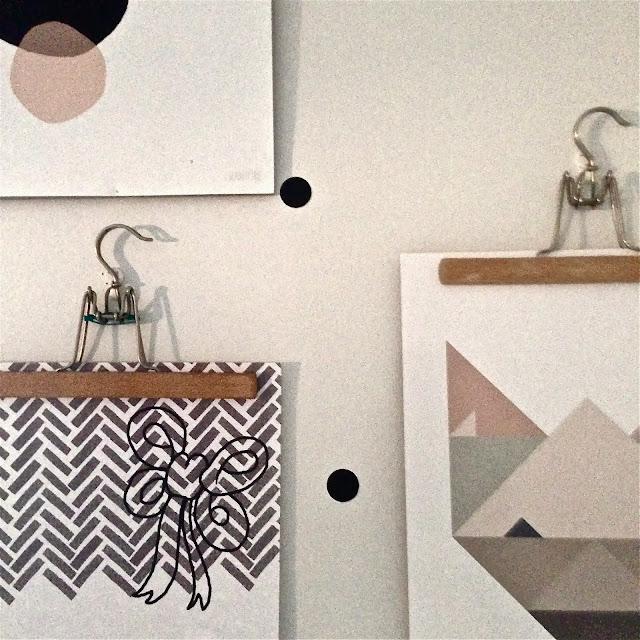 henkari, bygel, hanger, posters, plansch, juliste