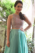 Rashi Khanna latest glam photo shoot-thumbnail-2