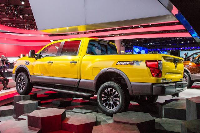 2017 Nissan Titan XD Exterior