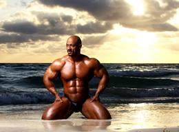 Truely Hot Hunk! Competitive Male Bodybuilder - Sami Al Haddad