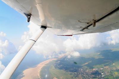 St. Peter-Ording: Fotos eines Tandem-Fallschirmabsprunges über dem ordinger Strand 3