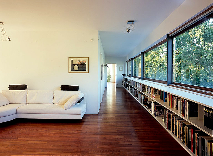 winkel bungalow am hang gehts auch kleiner. Black Bedroom Furniture Sets. Home Design Ideas