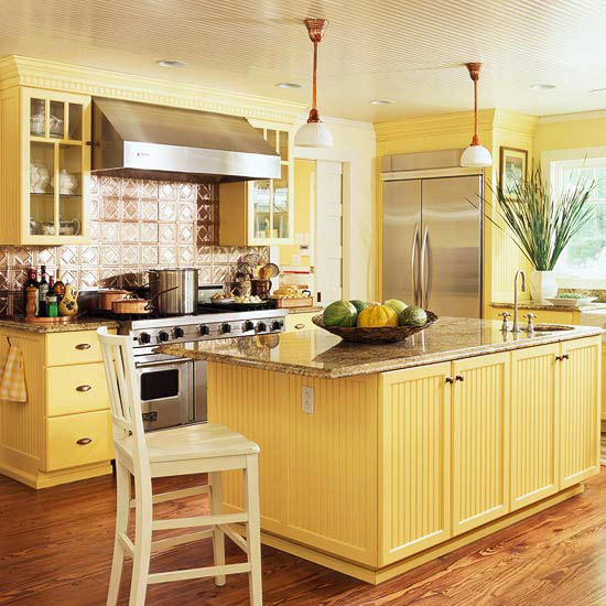 Love la tuscan yellow kitchen for Blue kitchen cabinets with yellow walls