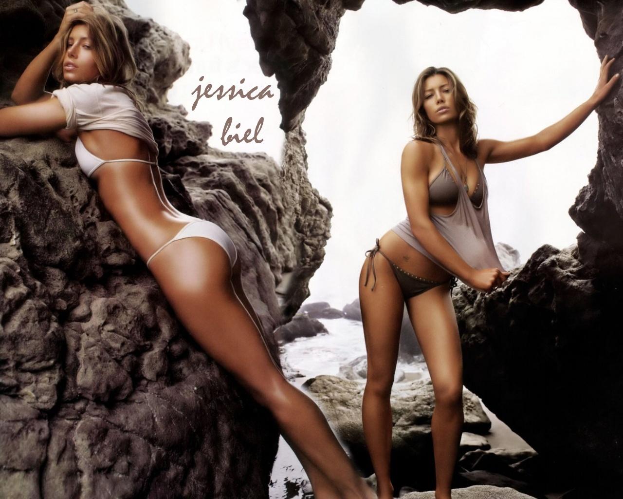 http://2.bp.blogspot.com/-ibKFkFrhm0s/TqffZ9EZjuI/AAAAAAAAALA/l1CyMOqOyOY/s1600/Jessica%2BBiel%2BWorkout-Wallpaper.jpg