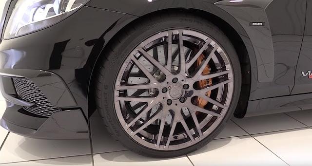 ブラバスの900馬力のベンツ「ロケット900」のレビュー動画。
