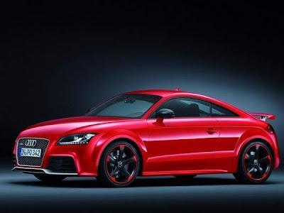 2013-Audi-TT-RS-Hot-Car-Side