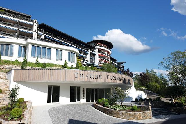 Hotel Traube Tonbach, Baiersbronn, Harald Wohlfahrt, Sterneküche, Schwarzwald, Wald, 3-Sterne, Urlaub, Familie, Feiern, Erholung, Sport, Kinder