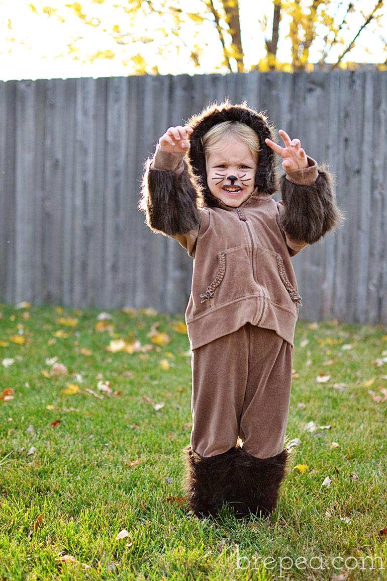 diy frugal furry animal halloween costume for kids bre. Black Bedroom Furniture Sets. Home Design Ideas