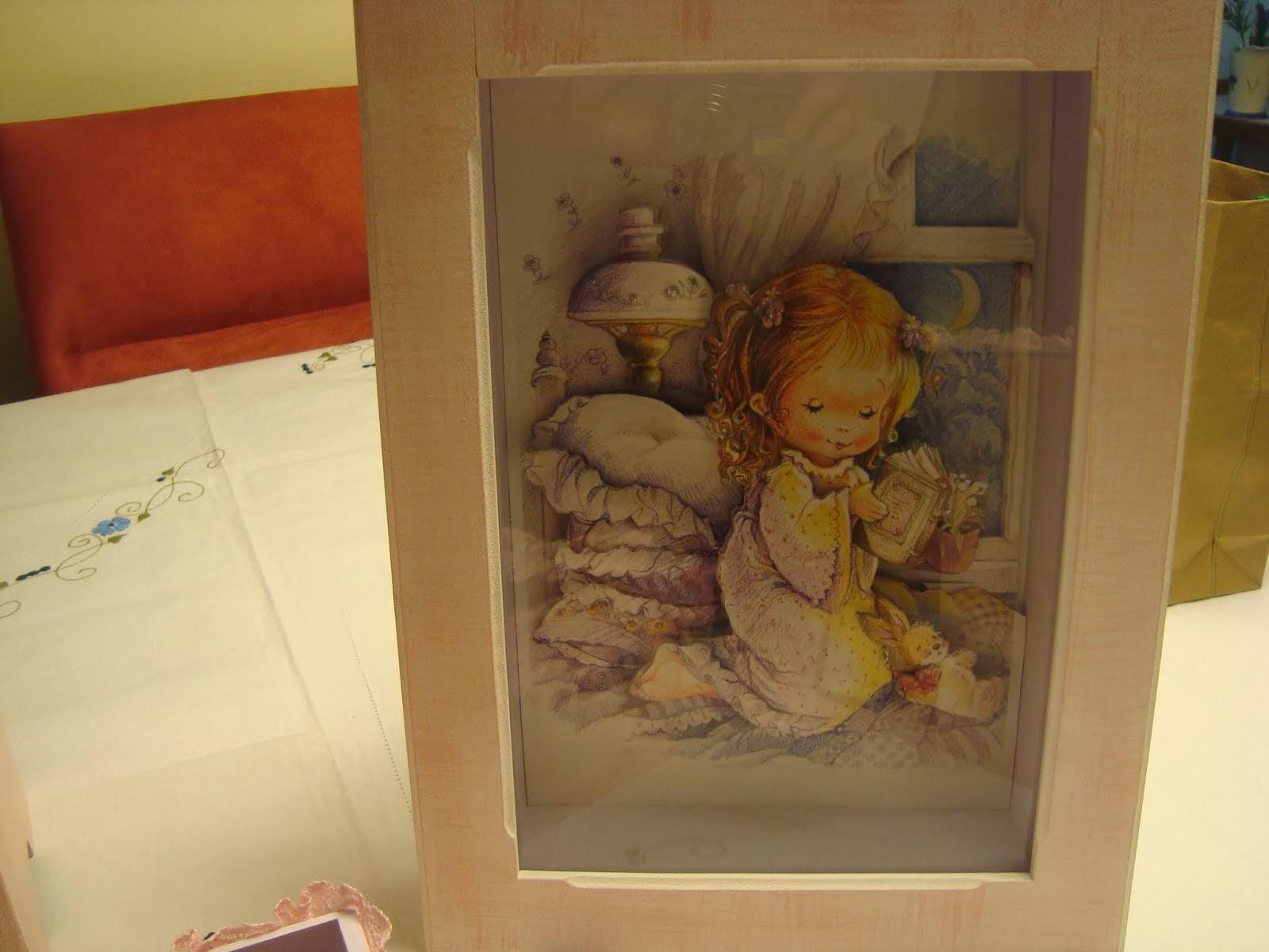 quadrinhos em 3D / quarto do bebê