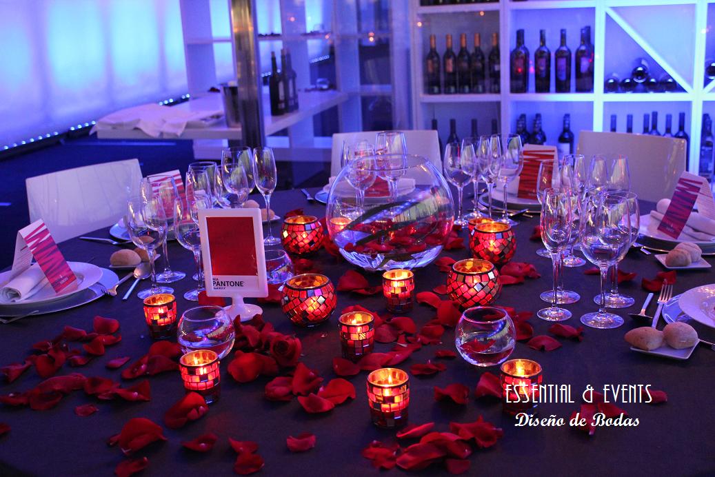 Bodas a medida decoraci n minimalista para una boda en for Decoracion 40 aniversario de bodas