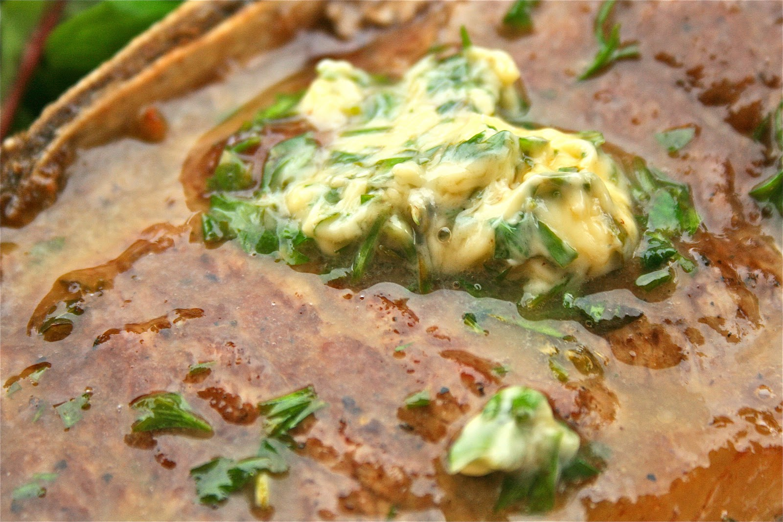 Johnny's Kitchen: Entrecote with Lemon and Herb Butter