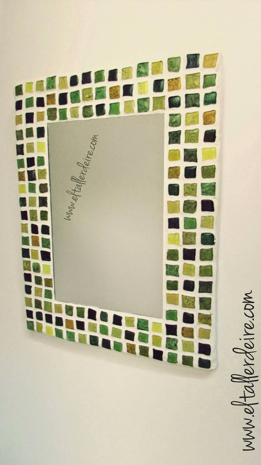 C mo hacer un espejo con mosaico el taller de ire for Pintura para hacer espejos