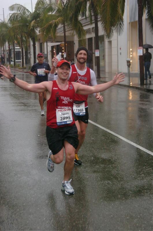 LA Marathon 2011 running Rodeo Drive