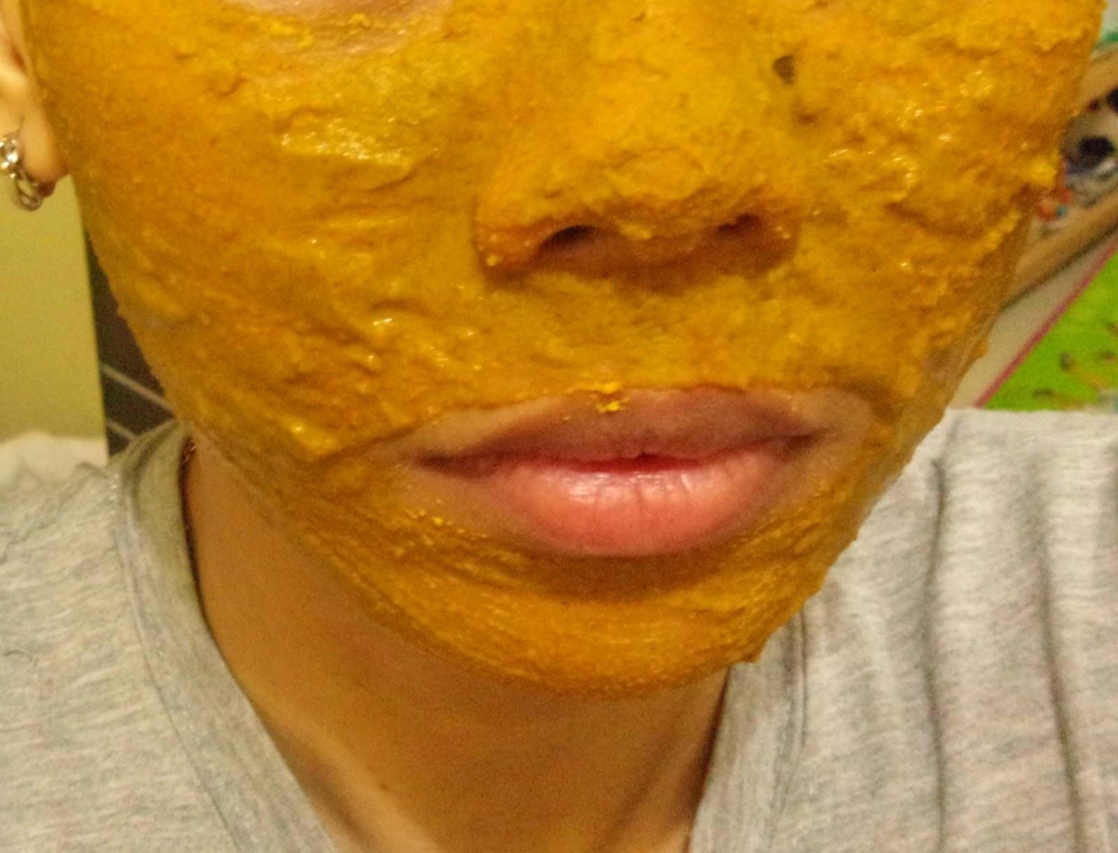 Review Masker Jerawat Indah Warni Dari Mustika Ratu Saturnian Penyegar Sari Ketimun 150ml Dan Taraaaaini Penampakan Setelah Didempul Ke Wajah