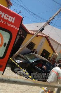 Veículo desgovernado bate em poste na manhã desta terça (08) em Picuí