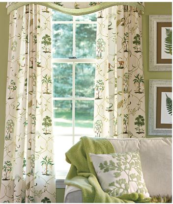 Country Curtains (Country Curtains, Inc) - Beverly, Massachusetts