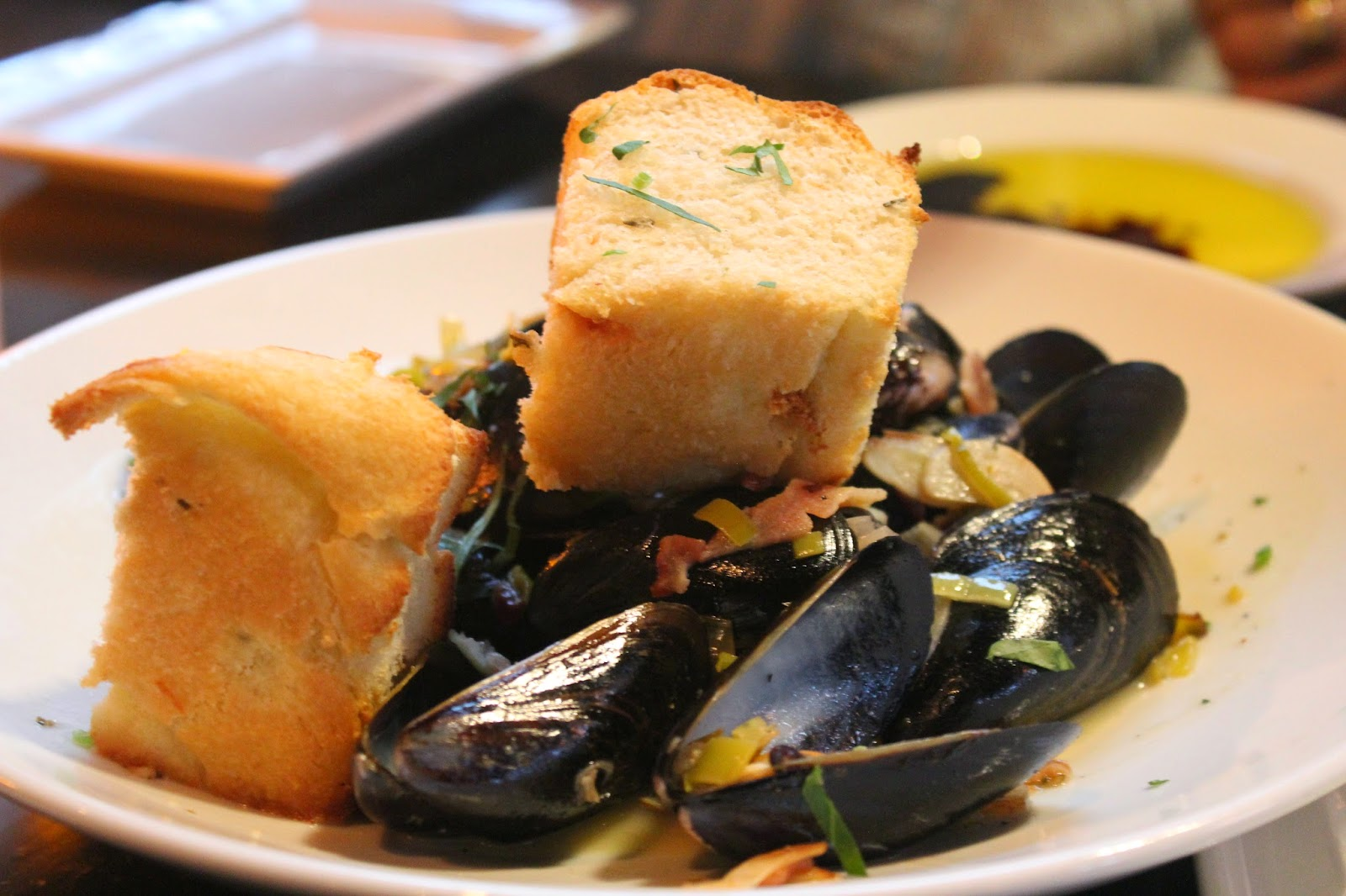 P.E.I mussels at Orta, Pembroke, Mass.