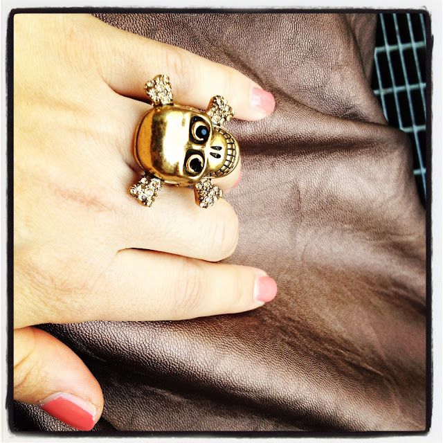 skull ring anello con teschio
