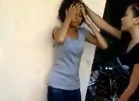 Video Remaja Perempuan Buli Rakan Pula Tersebar!