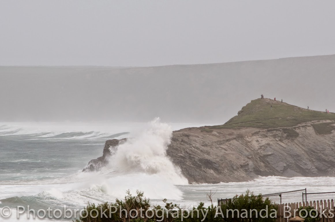 Giant waves in Cornwall