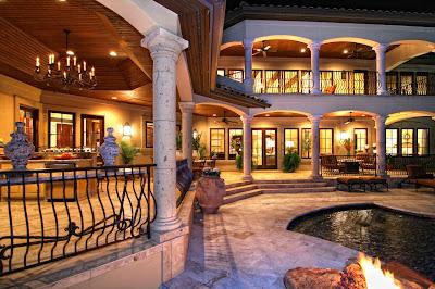patio-grande-con-piscina-cocina