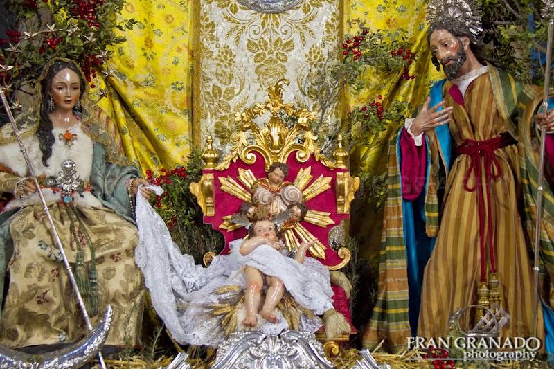 http://franciscogranadopatero35.blogspot.com/2015/01/portal-de-belen-de-la-iglesia-de-sta.html