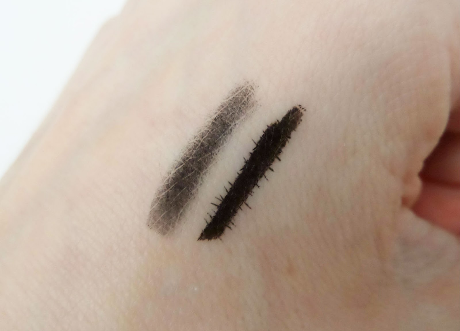 The Makeup Revolution Kohl & Flick Eyeliner  Swatches