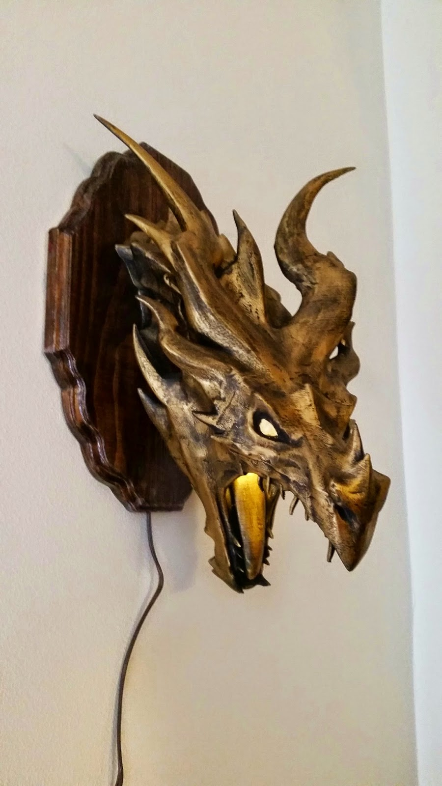 Skyrim Alduin Dragon Lamp/Sconce... Thing