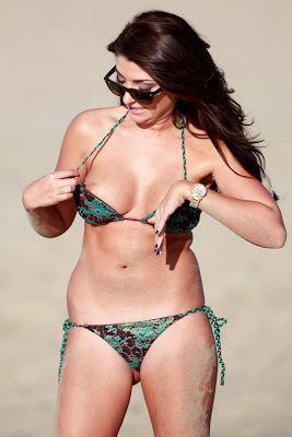 Brittney Jones Stated Bikini Candids And Revealing Some Nips