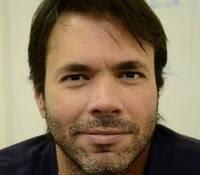 Escritor e jornalista Occello Oliver