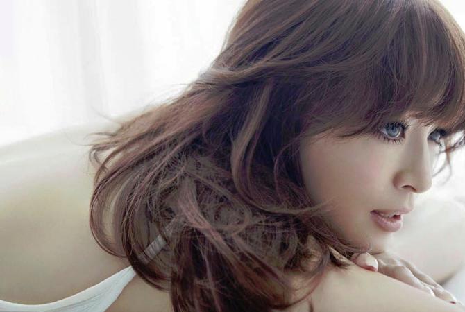 Ayumi Hamasaki - A One | Random J Pop
