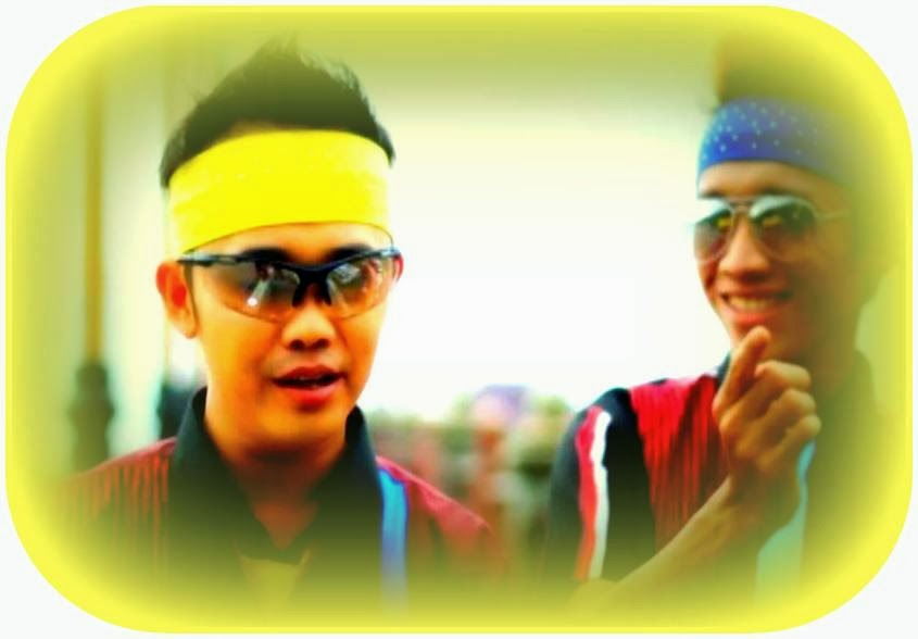 Mp3 Lagu Error Cinta oleh Sony dan Zillo (Duo MP Voice), penyanyai Duo asal Padang