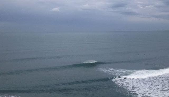 buen dia de surfing en sopelana 01