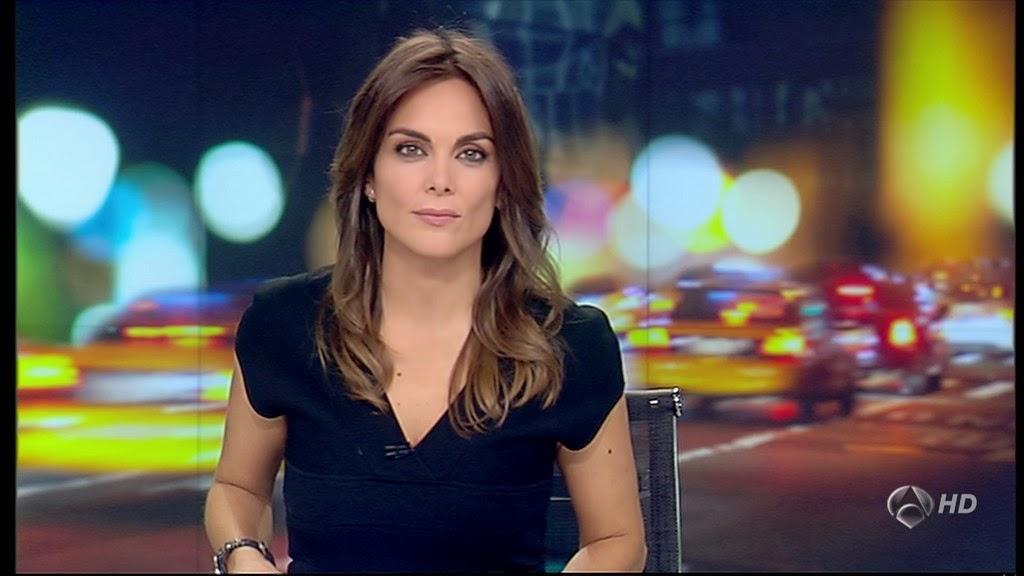 MONICA CARRILLO, ANTENA 3 NOTICIAS (23.10.13)