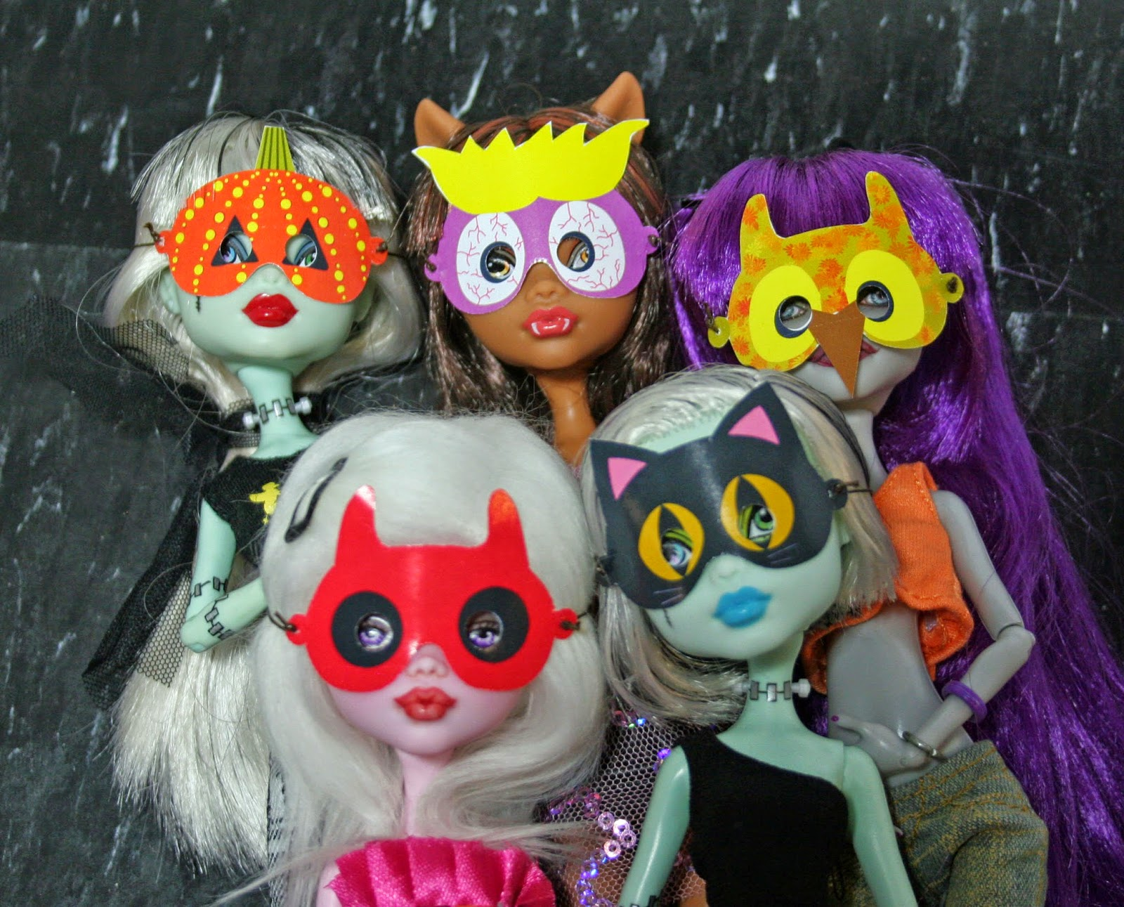 Mymonstercrush monster high halloween masks - Masque monster high ...