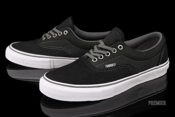 59f10ff8cf0611 L actu des Sneakers  Vans Era Pro – Black   Charcoal