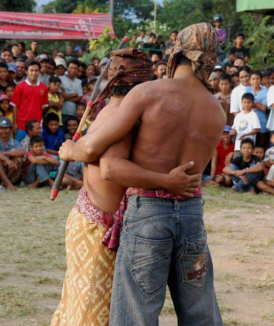 Peresean : Traditional Fighting of Sasak People in Lombok